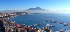 Napoli conquista i turisti: il successo della città più visitata d'Italia a Ferragosto