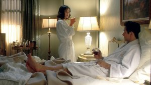 masters-of-sex-season-the-fight-hotel-room