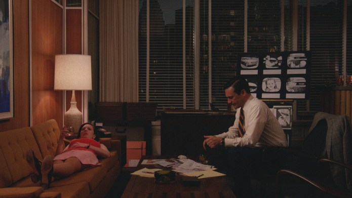 Mad Men, The Strategy: Don and Peggy work on the Burger Chef campaign