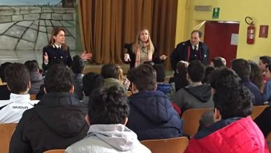incontro studenti polizia
