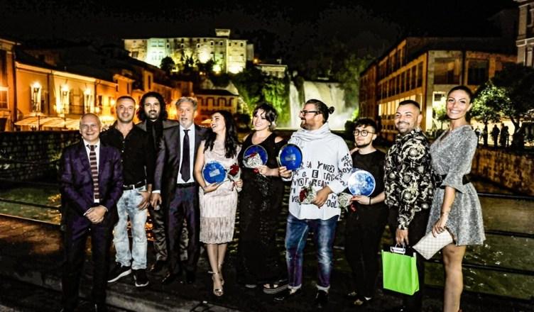 foto ggruppo vincitori Moda città 2019