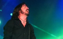 Foo_Fighters_Tenacious_D_concert_in_201_Feature