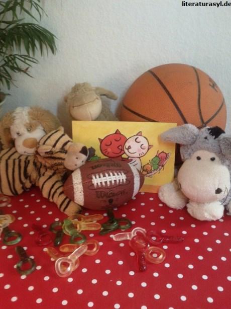 Geschenketisch beim Kindergeburtstag