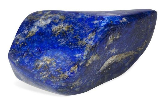 Le Lapis Lazuli possède de nombreuses vertus. Découvrez-les dans ce nouvel article de Lithothérapie en Ligne !
