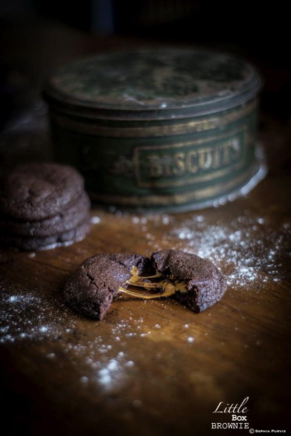 gooey caramel cookie