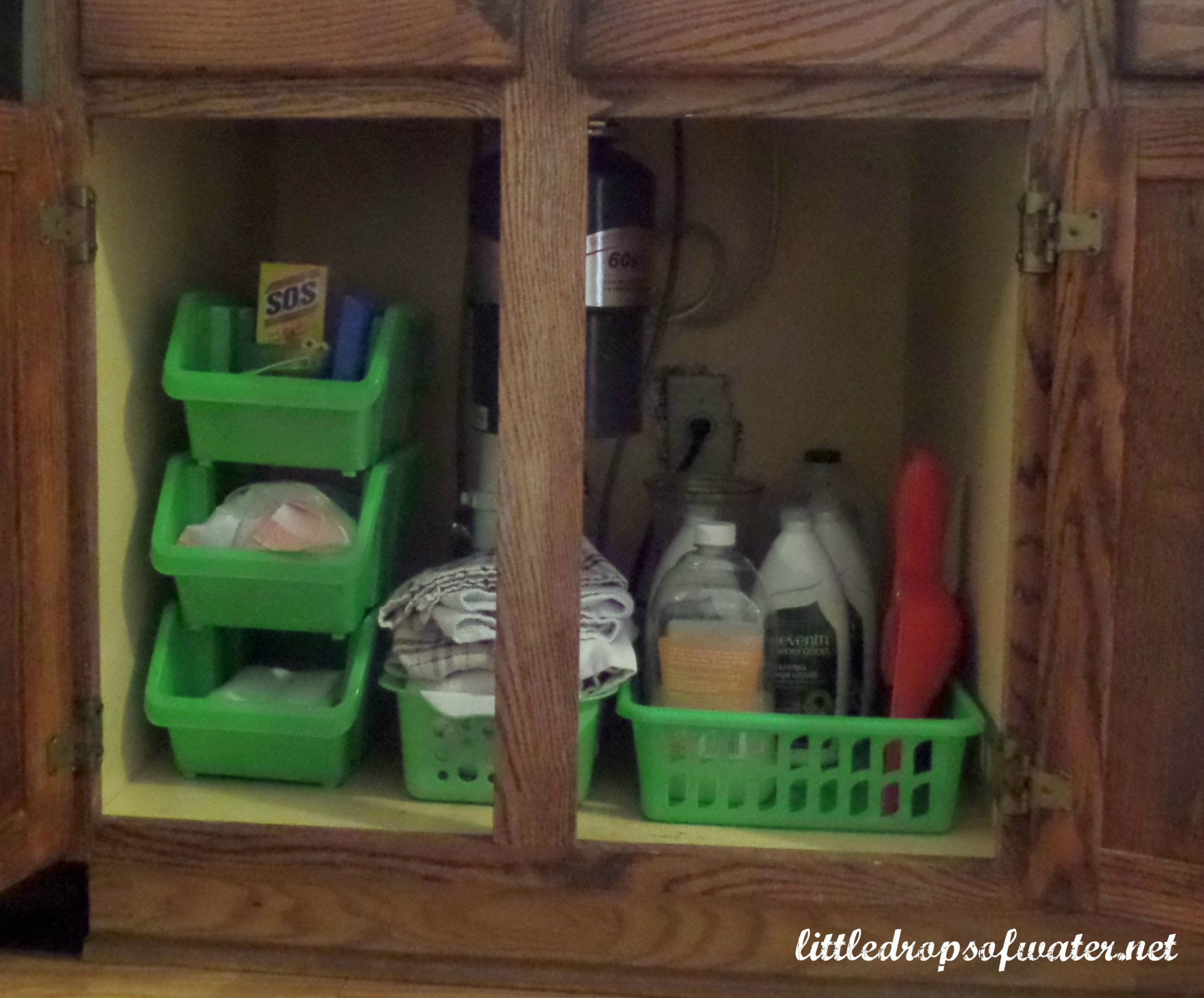 31 Days of Tackling the To-Do List: Organizing Under the Kitchen Sink