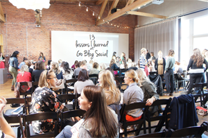 lessons // 13 tips for blog conferences.