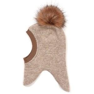 Huttelihut elefanthue i hvid filtet uld med en enkelt stor og blød fakefur pels kvast i hvid, og med en blød og varm velour inderside.