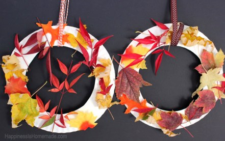 kids-craft-fall-leaf-wreaths