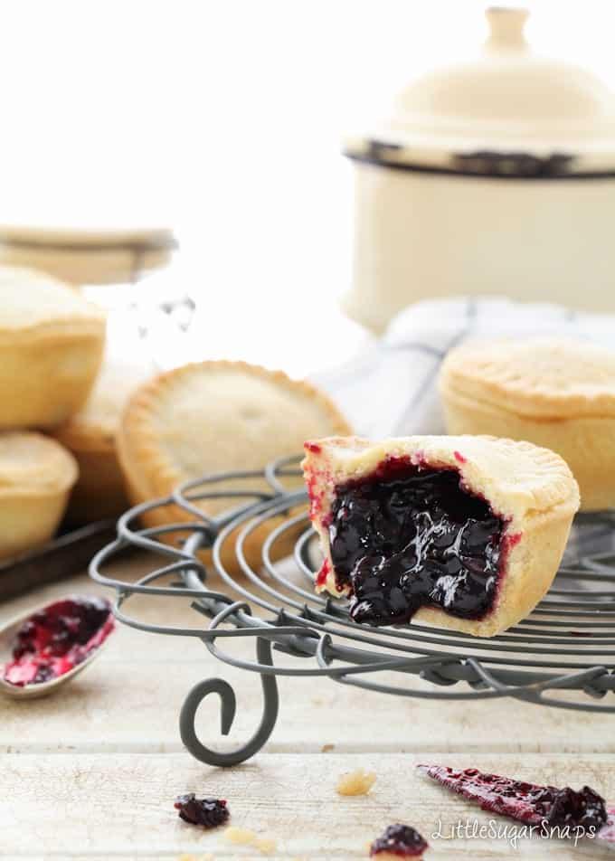 Blackcurrant Pies