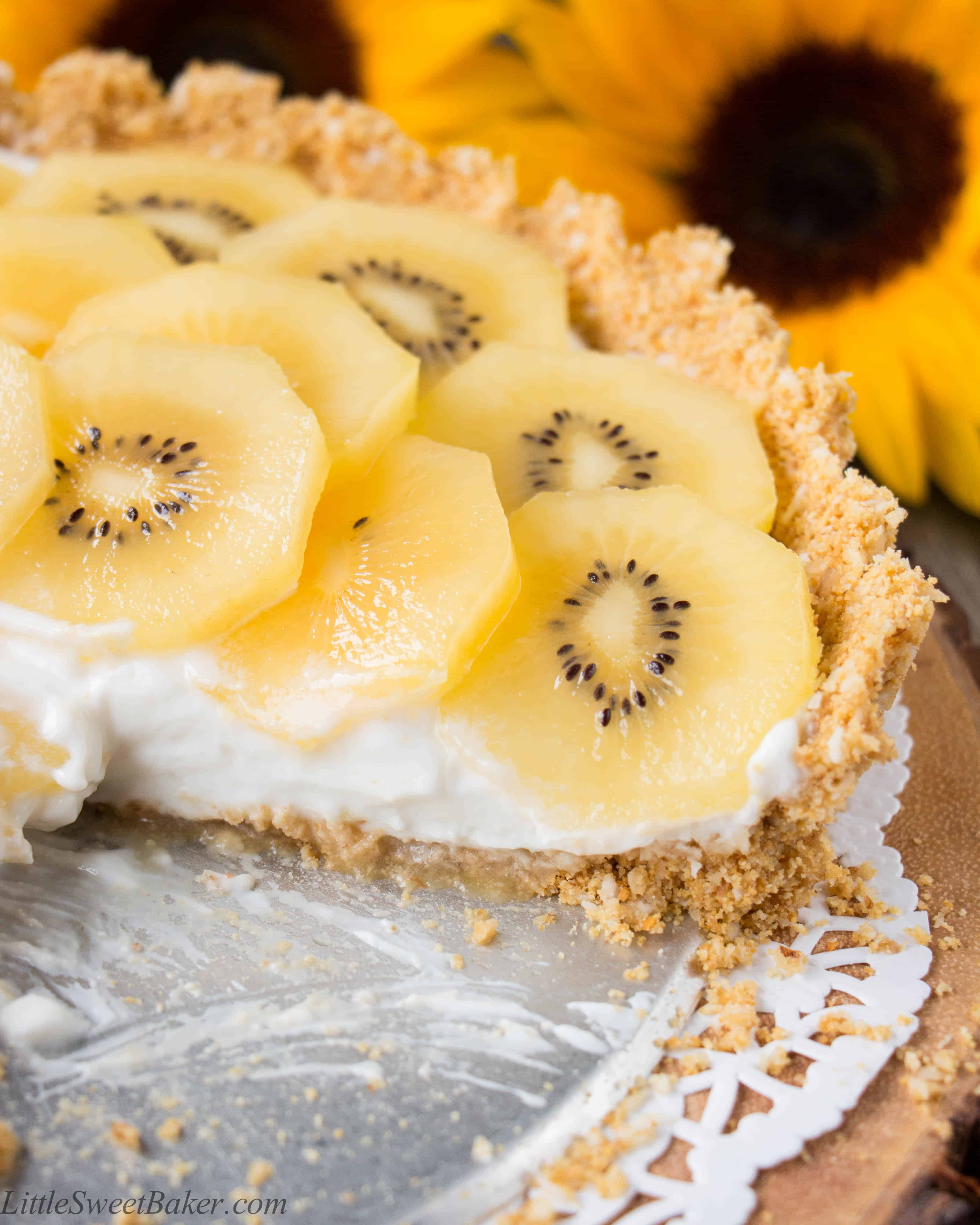 coconut graham cracker crust topped with Greek yogurt and delicious ...