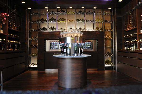M-Resort-Hostile-Grape-Wine-Cellar-Bar-7