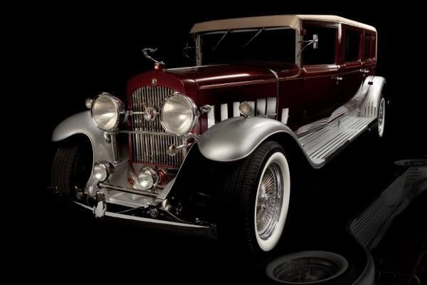 1928 Cadillac Limo | Unique Las Vegas Wedding Transportation | Little Vegas Wedding