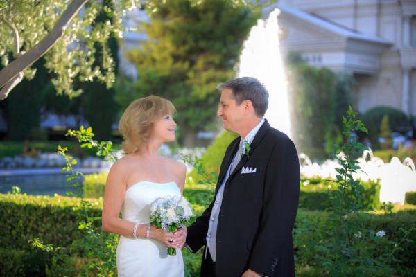 Caesars Palace Elopement | Little Vegas Wedding