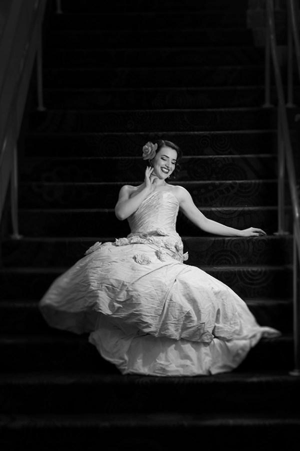 Hollywood Glam Bridals | Little Vegas Wedding