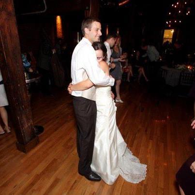weddinghug