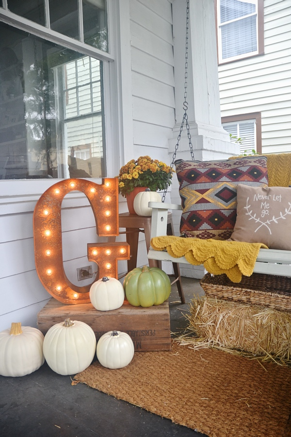 Fall Home Tour 2014 - lizmarieblog.com