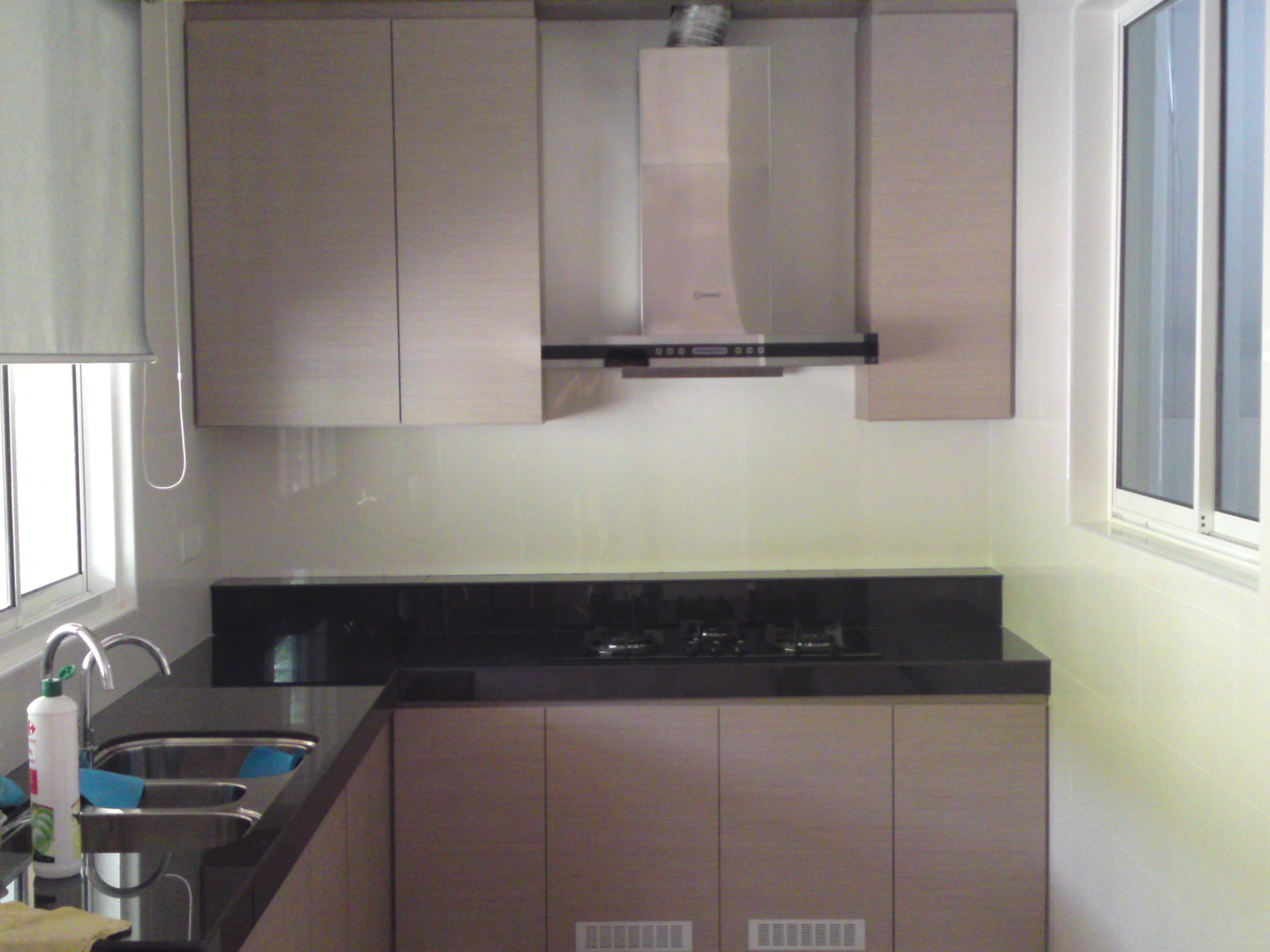 formica kitchen cabinets laminate kitchen cabinets Painting Or Refacing Formica Cabinets