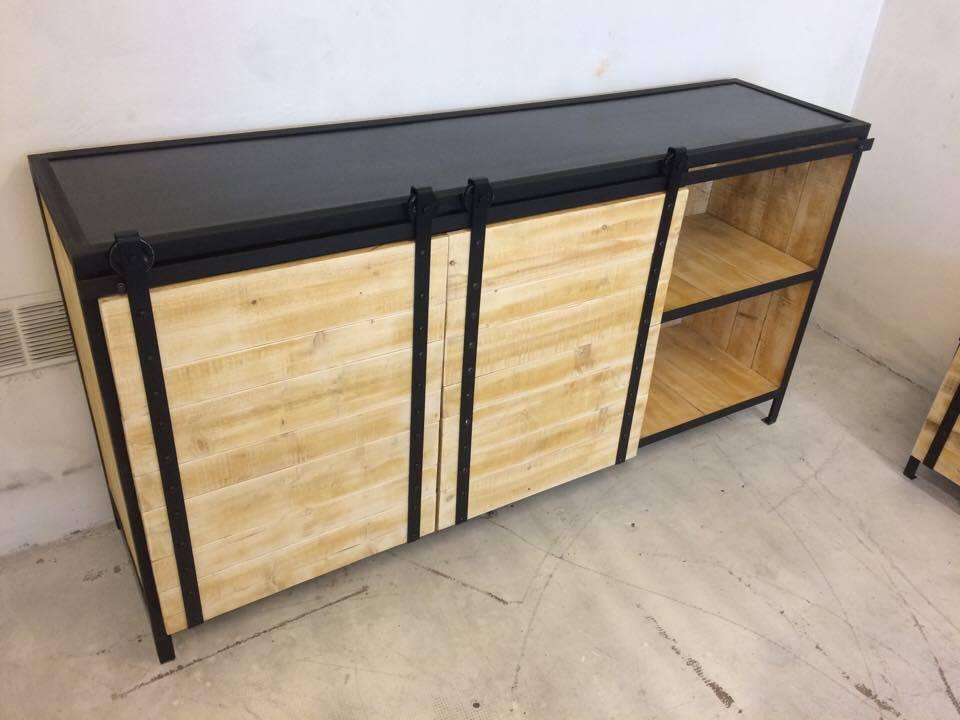 buffet 180h loft industeel. Black Bedroom Furniture Sets. Home Design Ideas