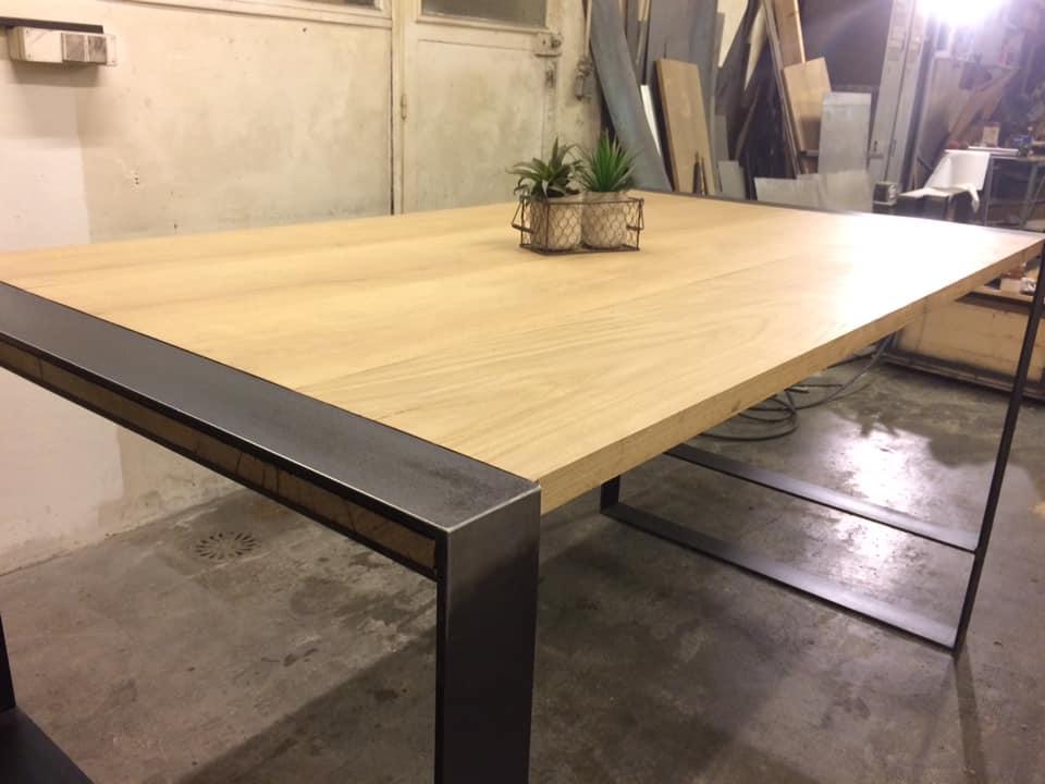TABLE REPAS CHENE INDUSTRIEL