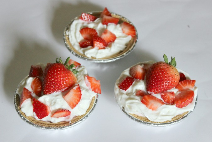 Mini Strawberry Pie