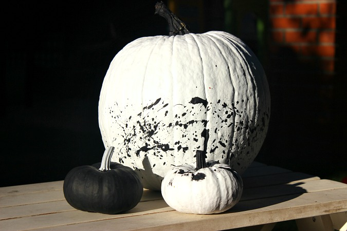 DIY Paint Pumpkins