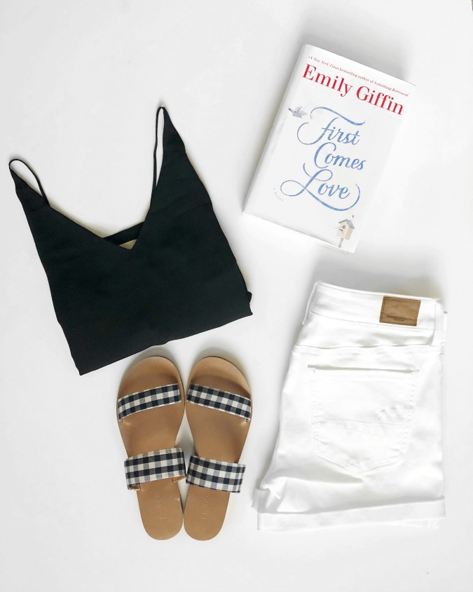 Book Review First Comes Love by Emily Giffin LoganCan.com