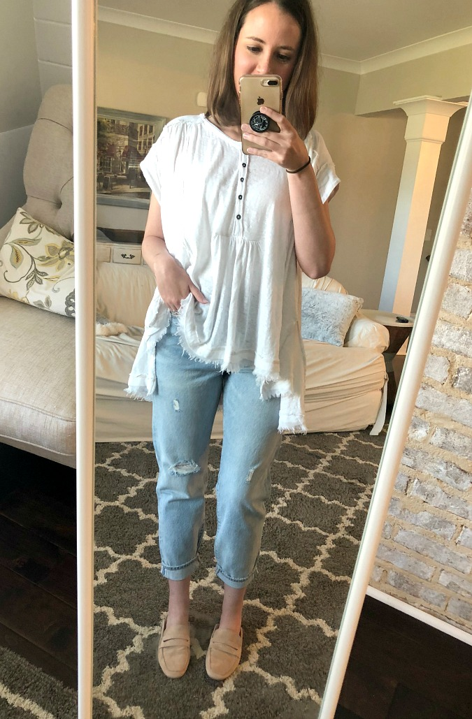 Henley and Boyfriend Jeans OOTD