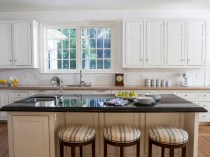 5 - Lori Dennis Interior Design Lake Sherwood White Kitchen