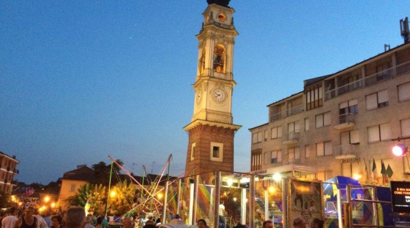 Notte bianca tra concerti e bancarelle a Poirino