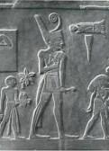 Narmer (3050 a.C.) luciendo un rabo de toro