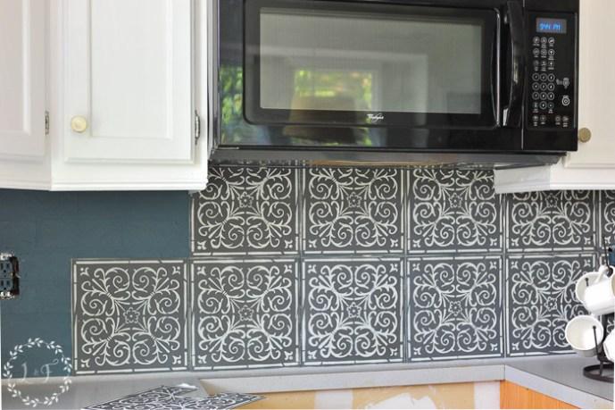 diy high end patterned tile backsplash look with peel