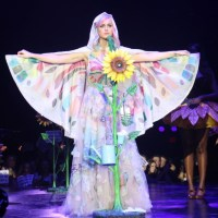 katy-perry-kicks-prismatic-tour-belfast-1