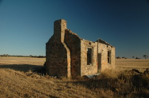Beautiful Old Australian Farmhouse - Dumbleyung  - Western Australia