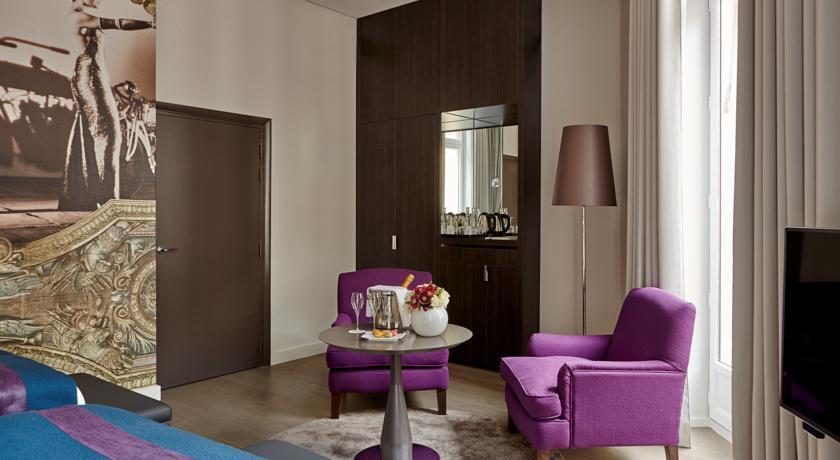 hotel-indigo-paris-44112448