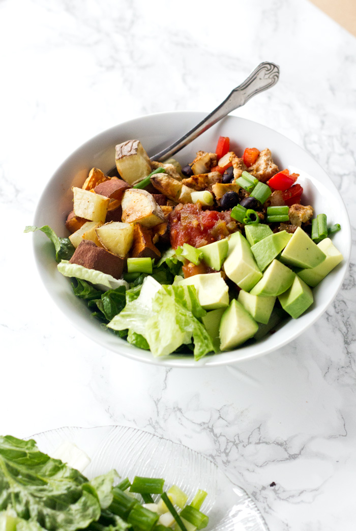 vegan breakfast burrito bowl - a healthy, hearty, and delicious quick meal | love me, feed me