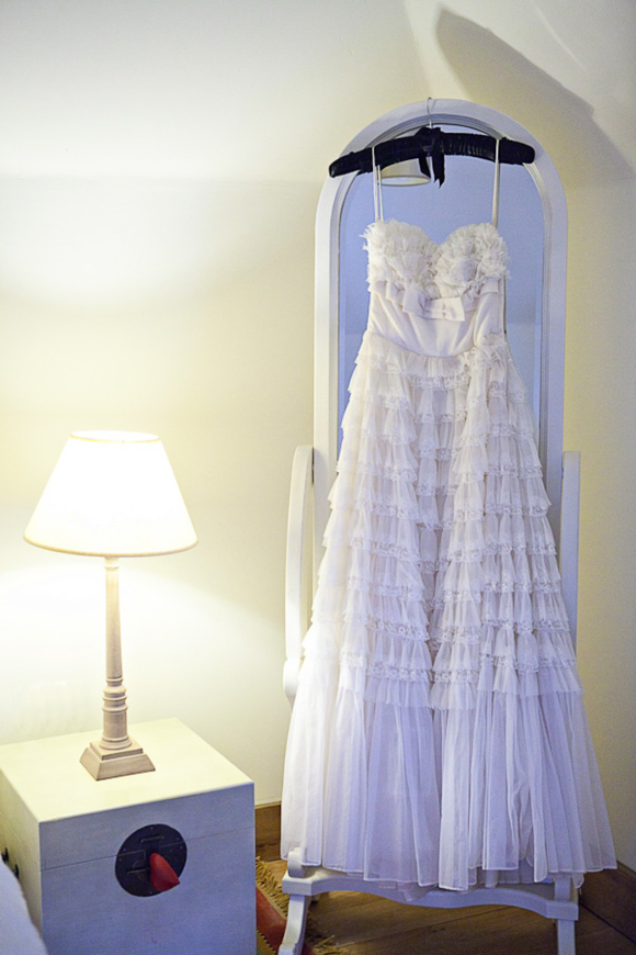 An Original 1950s Vintage Tiered Lace and Tulle Wedding Dress…