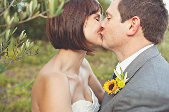 Under the Tuscan Sun – A Wedding Filled With Sunshine and Sunflowers and a Beautiful Vintage Wedding Dress…