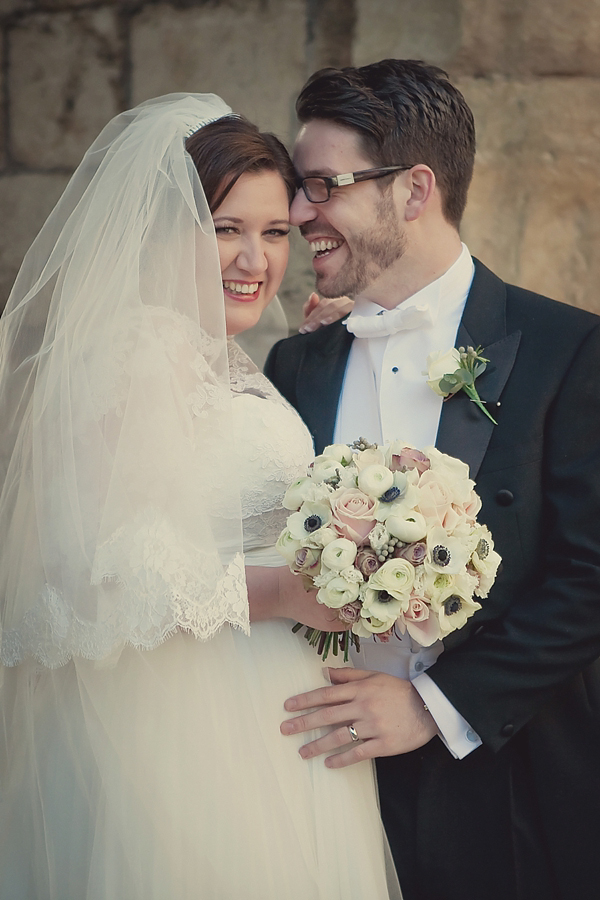 A 1940s Glamour Inspired Wedding With Hints Of Peach Pretty…