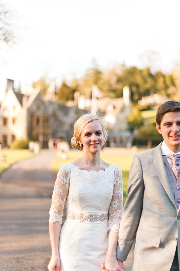 Sassi Holford Style For An Elegant English Spring Time Wedding