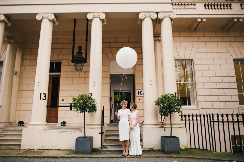 A Touch of 20's Vintage for a Fuss Free and Elegant London Civil Partnership