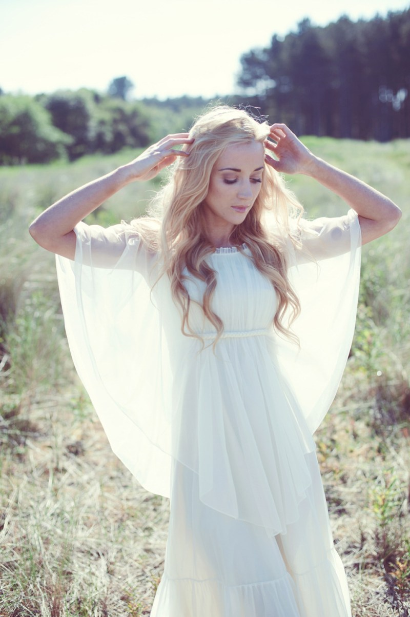 Beautiful natural eco friendly and bohemian bridal style for Eco friendly wedding dresses