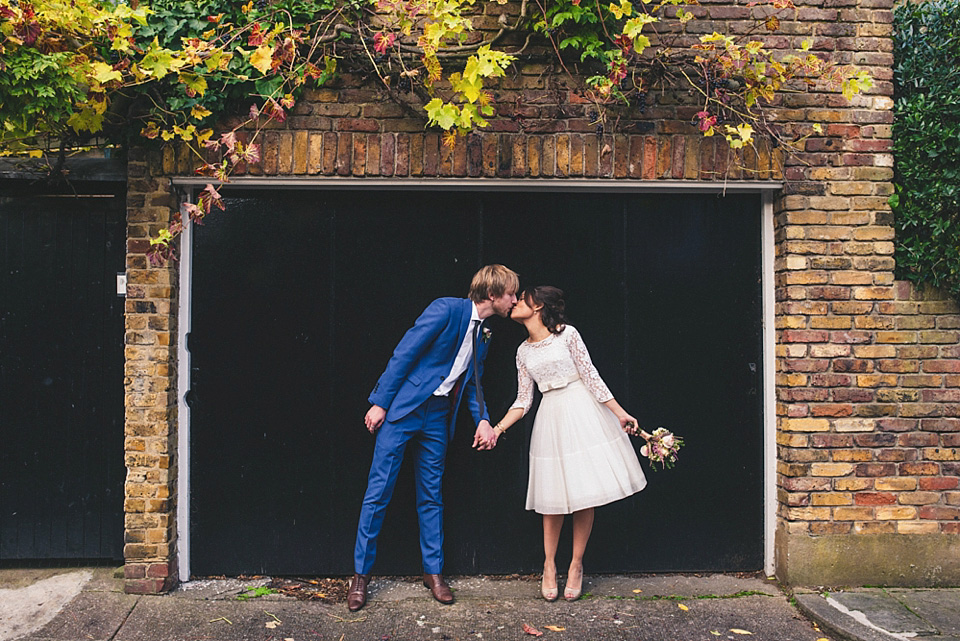 A 60's Vintage Frock and Fur Stole for a Relaxed Camden Pub Wedding