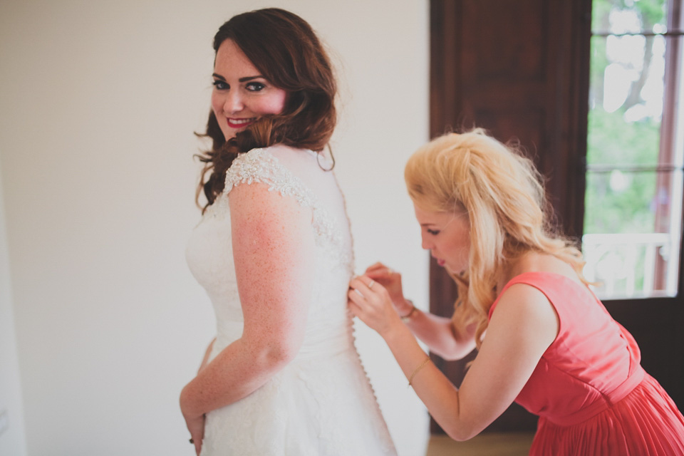 A Justin Alexander Gown For A Colourful Romantic Wedding