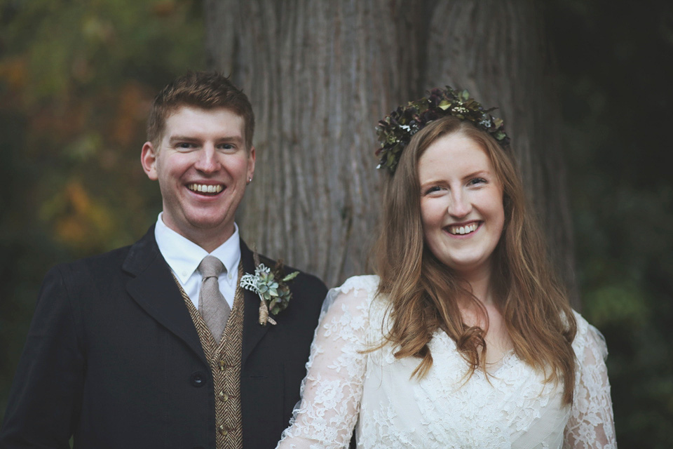 Joanne Fleming 50's Style Lace for an Autumn Country Barn Wedding in Somerset (Weddings )