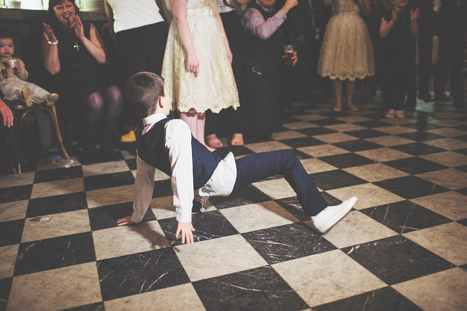 A 50's Style Full Circle Dress for a Fun and Quirky London Pub Wedding  (Weddings )