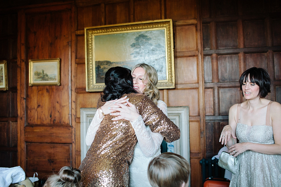 Modern Vintage Glamour, Gold and a David Fielden Bride (Weddings )