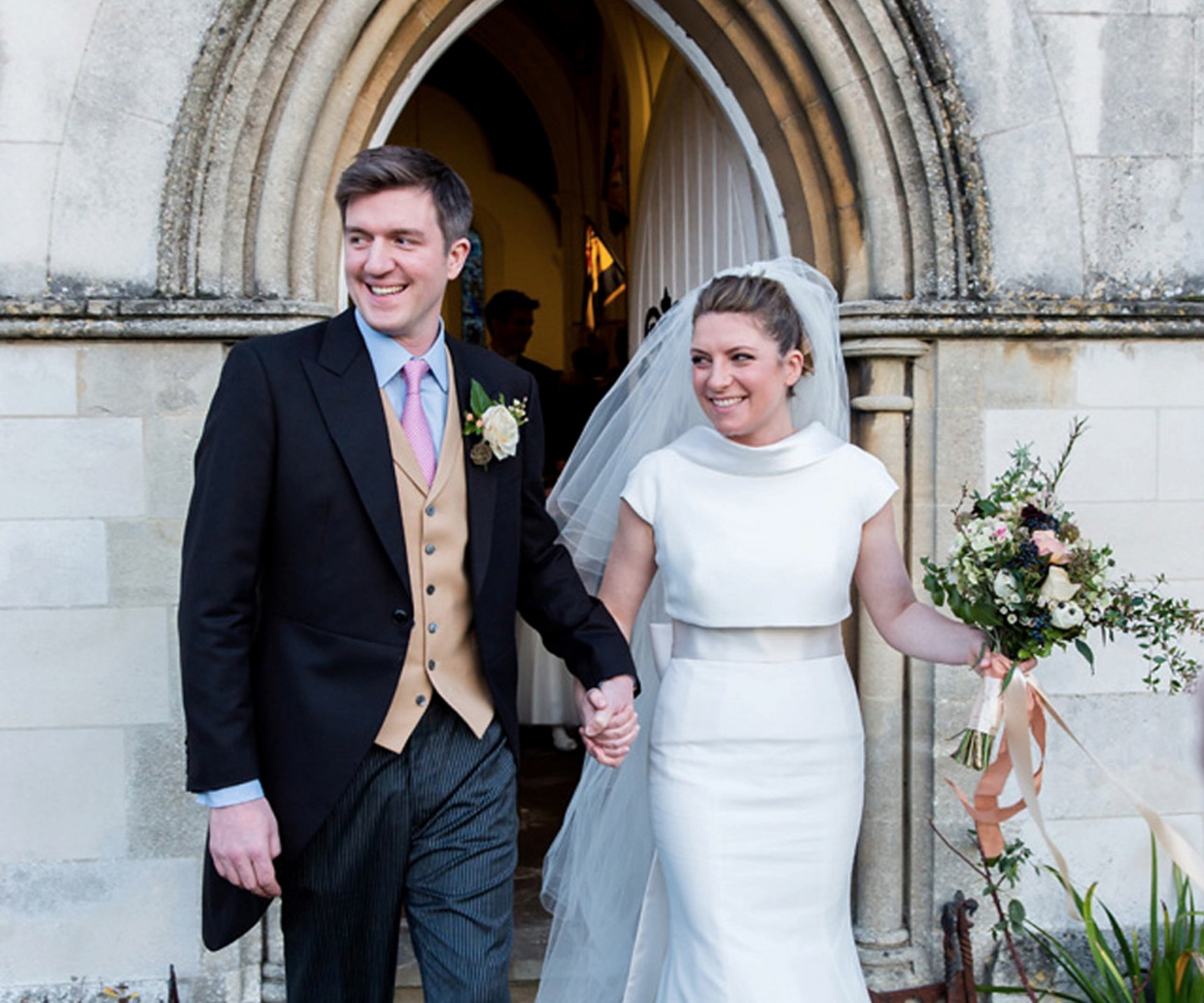 A Modern and Elegant Suzanne Neville Gown for a Winter Wonderland Wedding