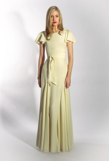 http://belleandbunty.co.uk/bridal-collection/#!mg_ld=3751
