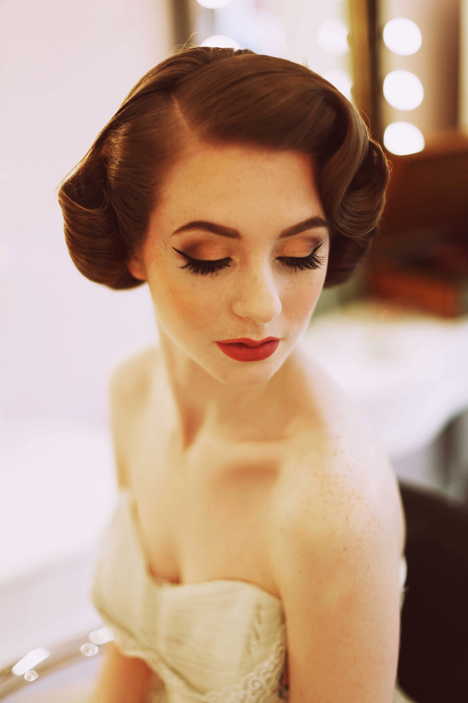 Vintage Wedding Day Makeup : Elegant 1950s Fashion for the Modern Bride Love My ...